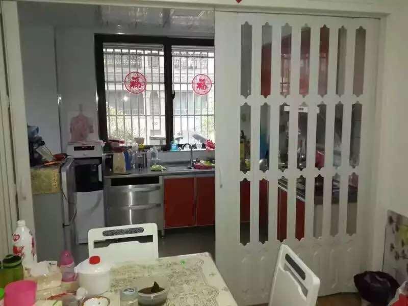 沈陽pvc折疊門開放式廚房折疊門推拉門