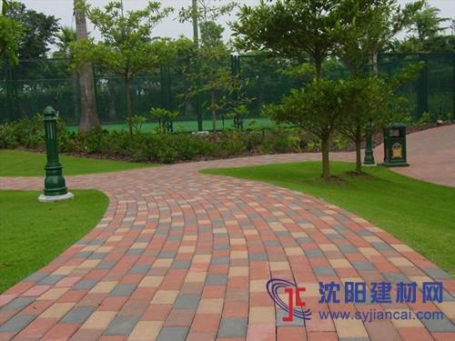 众光透水砖,南平猪肝红陶瓷透水砖厂家销售