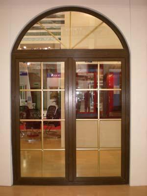 LG折叠门,沈阳中天门窗阳光房